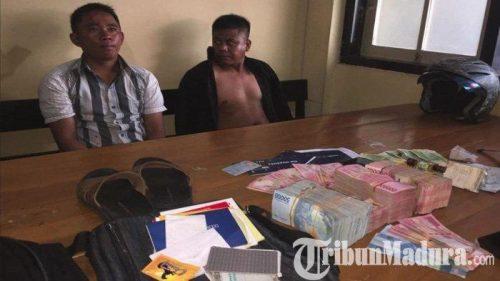 pencuri diamankan di polsek sananwetan kota blitar dengan uang ratusan juta