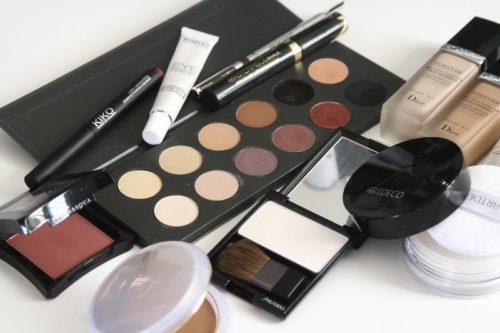 Biar Gak Ragu Cek Keaslian Kosmetik Lewat Aplikasi atau Situs BPOM
