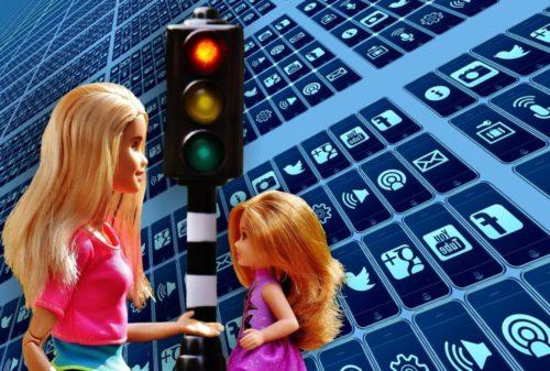 Pentingnya Pengawasan Orang Tua Terhadap Anak Dalam Penggunaan Sosial Media