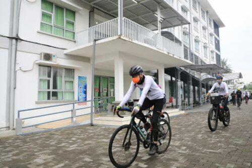 Gowes Akhir Pekan ke Kendal, Ganjar Pantau RS Darurat Covid-19