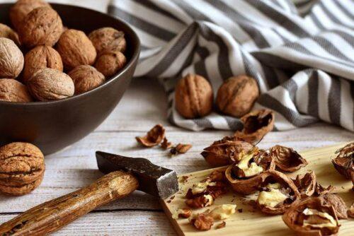 Mengonsumsi Kacang Kenari Mampu Perpanjang Usia Hingga Lebih dari Setahun, Lho!