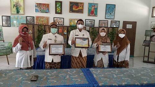SMP Negeri 8 Surakarta Peroleh Piagam untuk Kontribusi Rilis Media