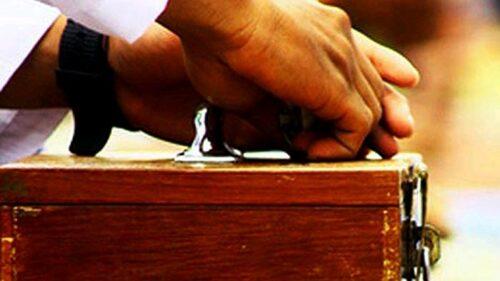 Pria Ini Pura-pura Sujud, Lalu Wuuus… Menyambar Isi Kotak Amal di Masjid Sorosutan Yogya, Isinya Capai Rp 50 Juta